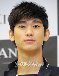 Kim Soo Hyun @ #김수현 ZioZia Fan Meeting Event last March 22, 2013
