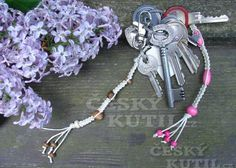 Pleteme přívěšky na klíče