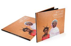 """A photo reportage to promote the fair trade and the program """"Québec sans Frontières"""" Texts by Éléonore Durocher, photography and graphic design by Seluna. Adobe Indesign, Adobe Photoshop, Lightroom, Documentary Photography, Fair Trade, Documentaries, Texts, San, Graphic Design"""