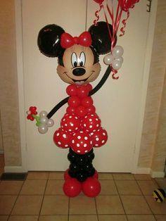 más y más manualidades: Columnas de globos con tema de Mickey/Minnie Mouse