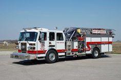 Monroe, OH FD Quint 62 2007 Sutphen 1500/400/20A/20B/75'