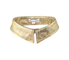 Gold collar- adds class to simple outfits