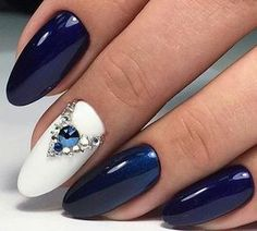 50 The Best Winter Nail Art Design Ideas Nail Nageldesign Dark Blue Nails, Blue Matte Nails, Navy Nails, Blue Glitter Nails, Bling Nails, Glam Nails, Winter Nail Art, Winter Nails, Autumn Nails
