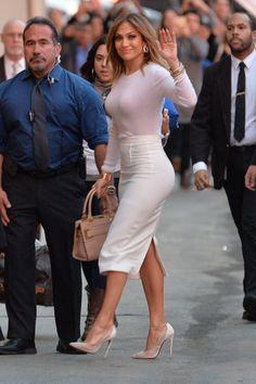 Jennifer lopez The Beauty. J Lo Fashion, Fashion Outfits, Womens Fashion, Modest Fashion, Jennifer Lopez, Pretty Outfits, Cute Outfits, Style Feminin, Voluptuous Women