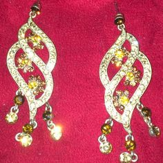 MOVING SALE‼️ Chandelier Earrings with Crystals Light up ANY night with these beautiful and classy earrings. Gold tone with surgical steel posts. 3 inches long. Never worn. Jewelry Earrings