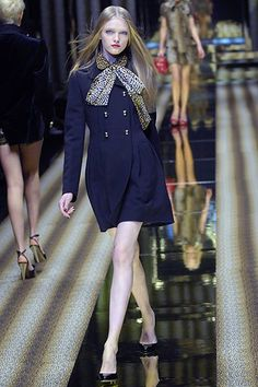 See the complete D&G Fall 2007 Ready-to-Wear collection.
