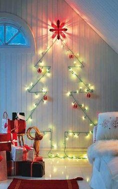 Estas son algunas de las ideas para decorar e iluminar de forma eficiente que hemos descubierto estas navidades. ¡Esperamos que os sirvan de inspiración para el año que viene! // www.holaluz.com #Electricidad #Energy #Energia #Eficiencia #Ideas #Sostenibilidad #DIY #Iluminacion ¿Por qué no hacemos las cosas más sencillas?
