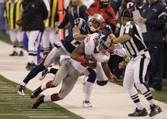 """New York Giants receiver David Tyree was never able to cash in on the amazing """"helmet catch"""" in Super Bowl XLII -- he was out of the NFL two seasons after leaping over New England Patriots safety Rodney Harrison and … Continue reading → New York Giants Football, Steelers Football, Football Fans, Football Helmets, Super Bowl Wins, Go Big Blue, Nfl News, Reasons To Smile, Patriots"""
