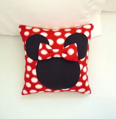 Its all in the polka dots and bow! So cute and so Minnie Mouse! Choose either pink or red polka dot. Listing is for your choice of color for one pillow. If no color choice is made at check out, then you will receive a pink polka dot pillow. This Minnie Mouse pillow cover, inspired by Disneys famous Minnie Mouse, makes a great addition to any childs bedroom. It will be great for sleeping with, watching your favorite show or anytime you want to snuggle with your favorite character. Each pillow…