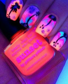 Nails that glow in the dark awesome
