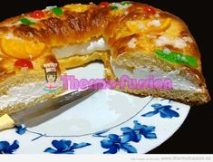 | ROSCON DE REYES EXPRES PRADO CAMACHO (SIN MASA MADRE) THERMOMIX Y TRADICIONALthermo fussion cook Best Cooker, Christmas Bread, Xmas Food, Cheesesteak, Hot Dog Buns, My Recipes, Fondant, Food To Make, French Toast