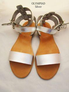 Sandali in pelle fatti a mano realizzati in Grecia da Penelope Sandals. Ordina ora sul nostro e-shop. Inviato in tutta Europa. Real Leather, Soft Leather, Brown Leather, Gladiator Sandals, Leather Sandals, Smart Dress, Shoes Too Big, Silver Sandals, Designer Sandals