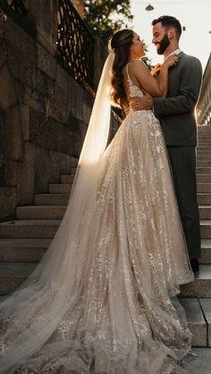 Wedding Dress With Veil, Cute Wedding Dress, Wedding Dress Trends, Dream Wedding Dresses, Wedding Pics, Perfect Wedding, Bridal Dresses, Wedding Styles, Wedding Day