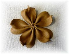 Leather Jewelry, Leather Craft, Polymer Clay Crafts, Felt Flowers, Blog Entry, Diy And Crafts, Stuff To Buy, Tye Dye, Flower Fabric