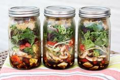 salad-in-a-jar http:...