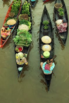 Thailand... Floating Market