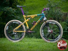 Yeti Arc AS- Lt retro full-suspension mountain bike Mtb Bike, Cycling Bikes, Cycling Art, Cycling Jerseys, Road Bike, Yeti Mtb, Mountain Biking Uk, Bicycle Garage, Yeti Cycles