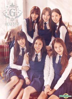 Gfriend [Snowflake] Mini Album Photocard K-Pop Sealed Kpop Girl Groups, Korean Girl Groups, Kpop Girls, Extended Play, Gfriend Snowflake, K Pop, Gfriend Album, Photoshoot Images, G Friend