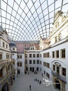 Residenzschloss Dresden - Kleiner Schlosshof; Copyright: Peter Kulka Architektur Dresden GmbH; Foto: Jörg Schöner
