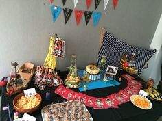 11 Best images about Anniversaire de pirate on Pinterest | Happy birthday, Pirates and Cupcake