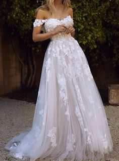 A Line Wedding Dress Sweetheart, Beige Wedding Dress, Dream Wedding Dresses, Wedding Gowns, Destination Wedding Dresses, Wedding Dress Beach, Flowery Wedding Dress, Wedding Dress Big Bust, Wedding Reception