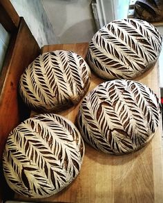 And here you can see the result. Pretty good!  #bakerylife #realbread #sourdough #artisanbread #naturallyleavened #sourdoughbread #organic #surdegsbröd #surdeigsbrød #godtno #bread #crustart #eatryeordie .