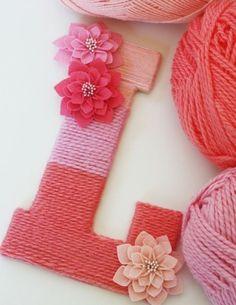 joli monogramme DIY, suggestion fantastique, cadeau fête des mères à fabriquer de ses propres mains