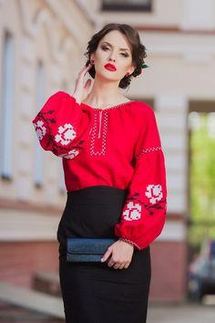 127501d71d2 Women s red linen (flax) blouse.