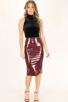 Best Indoor Garden Ideas for 2020 - Modern Patent Leather Outfits, Leather Fashion, Midi Skirt Outfit, Pencil Skirt Outfits, Sexy Rock, Pvc Skirt, Vinyl Dress, Vinyl Clothing, Leder Outfits
