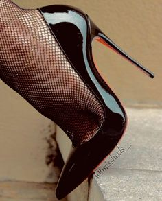 For All Your High Heels Fashion Ideas Tights And Heels, Pantyhose Heels, Stockings Heels, Extreme High Heels, Platform High Heels, Black High Heels, Black Stiletto Heels, High Heels Stilettos, High Heel Boots