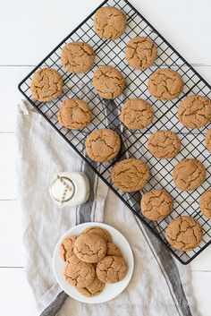 Classic Ginger Molasses Cookies | Old-fashioned recipe with perfectly crinkled top and chewy center | personallyandrea.com