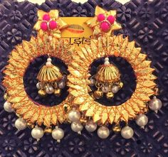 Picture from Fooljhadi Photo Gallery on WedMeGood. Browse more such photos & get inspiration for your wedding Gota Patti Jewellery, Thread Jewellery, Fabric Jewelry, Body Jewellery, Flower Jewelry, Flower Ornaments, India Jewelry, Diy Earrings, Jewelry Patterns