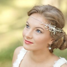 Bohemian Wedding headpiece Petite Bridal fascinator door LeFlowers