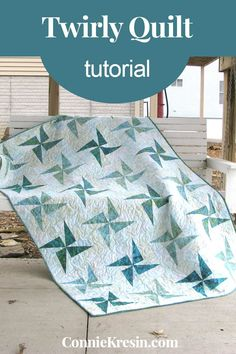 Free printable PDF file for the Twirly Windmills Quilt Tutorial when you signup for my newsletter Beginner Quilt Patterns, Quilting For Beginners, Quilt Patterns Free, Quilting Tutorials, Quilting Projects, Quilting Designs, Quilting Ideas, Pinwheel Quilt, How To Finish A Quilt