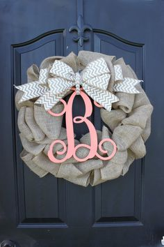 Burlap Wreath - Etsy Wreath - Summer wreaths for door - Door Wreath - Monogram DIY! Diy Fall Wreath, Summer Wreath, Burlap Wreaths, Wreath Ideas, Burlap Garland, Burlap Curtains, Door Wreaths, Cute Crafts, Diy And Crafts