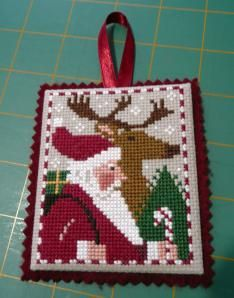 Christmas Ornament tutorial (Prairie Schooler style), #focusonfinishing, step-by-step tutorial