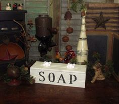 Primitive Antique Vtg Style Shabby French Country White Wash Soap Chic Wood Box
