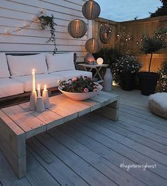 21 Small Patio To Make Your Home Look Outstanding – Futuristic Interior Designs Technology Outstanding Small Patio Backyard Fences, Backyard Landscaping, Backyard Ideas, Fence Ideas, Outdoor Spaces, Outdoor Living, Outdoor Decor, Futuristic Interior, Garden Spaces