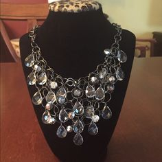 Gorgeous multi-crystal drop bracelet This is a beautiful necklace, sure to get tons of compliments. It would look great with a LBD or dressy top. Lobster clasp. Jewelry Necklaces