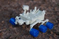 Curiosity might just be our favorite Martian robot. This week, NASA has released files to print your very own Curiosity rover. Curiosity Mars, Curiosity Rover, 3d Printable Models, Geek Out, The Martian, Cool Toys, Nasa, 3d Files, 3d Printing