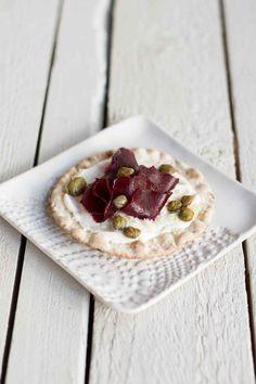 Kaikkien aikojen Jouluherkut myynnissä nyt | Meillä kotona Camembert Cheese, Vegan Recipes, Vegan Food, Waffles, Dairy, Cookies, Breakfast, Cake, Drinks