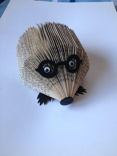 Bookfolding hedgehog