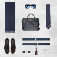 Louis Vuitton offers an array of stylish accessories for every man. Use the Accessories Profiler to finalize your next look.
