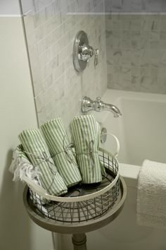 10 Cheerful Kids Bathroom Ideas With Green Towel And Iron