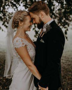 """Brudestylist & Makeupartist on Instagram: """"Kig med på bloggen for der er fokus på smukke smykker til dit bryllup. 💍💕Jeg viser nogle af mine yndlings, måske det også er dine?…"""" Jewellery, Wedding Dresses, Blog, Instagram, Fashion, Bride Dresses, Moda, Jewels, Bridal Gowns"""