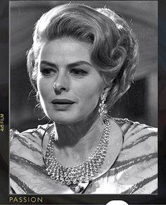 Ingrid Bergman wearing Bulgari diamonds...