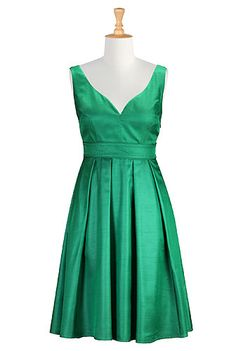 #eShakti - #eShaktiSpringitOn - Love this for a wedding!!! Shop Women's designer fashion dresses, tops   Size 0-36W & Custom clothes   eShakti