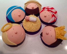 Nativity scene cupcakes!!! No Room at the Inn at Church of the Redeemer, Mechanicsville, VA Dec 5-7, 2014. Need bakers for these!