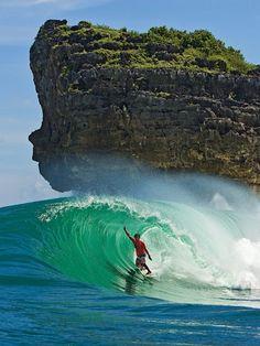 Secret Java. Perfect waves. Photo: Childs