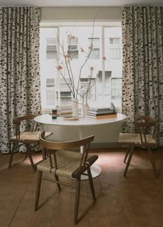 curtains look like aspen trees